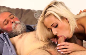 DADDY4K. Blonde-haired dollface Ria..
